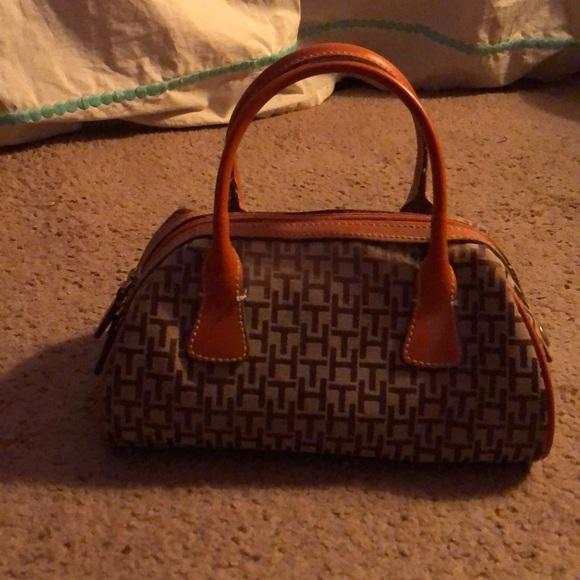 tommy hilfiger brown handbag